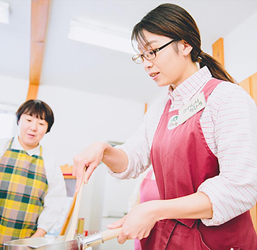 最初はカップケーキ用のカスタードクリーム作り