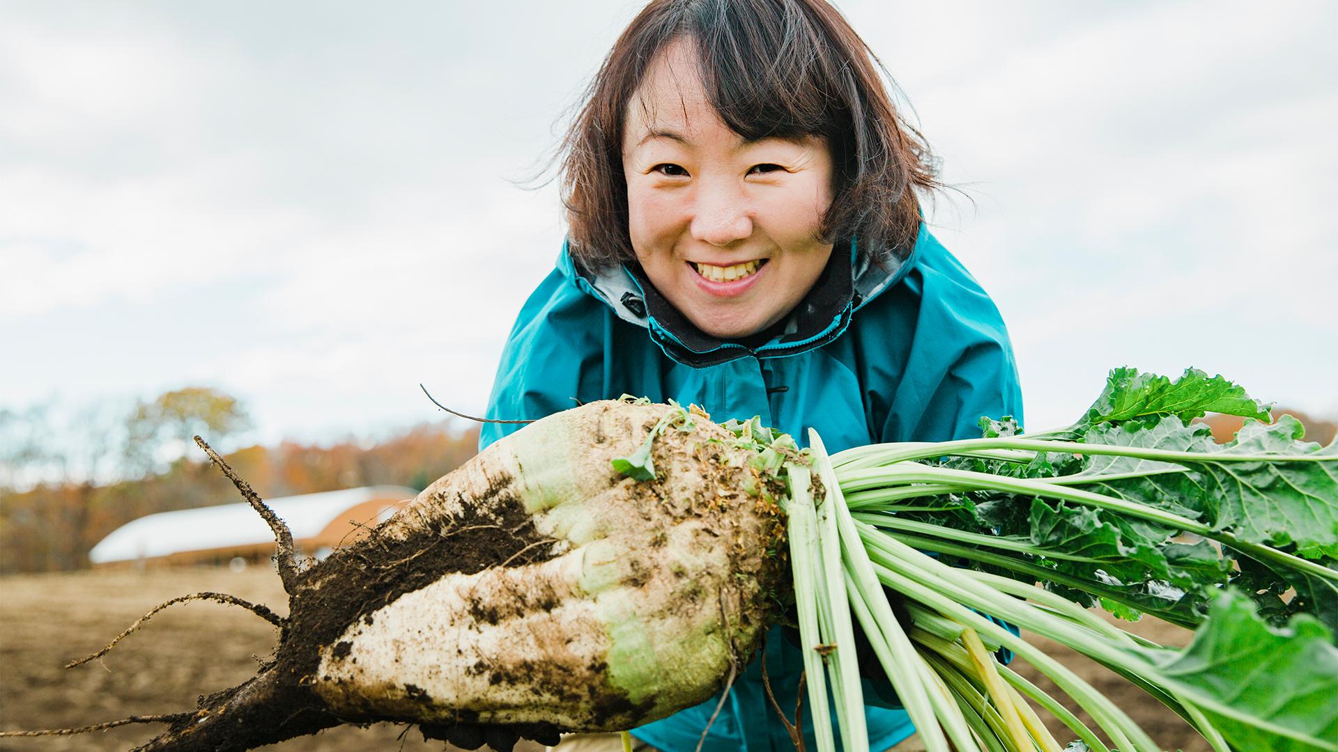 「てん菜を収穫してシロップを作ろう」を体験しました