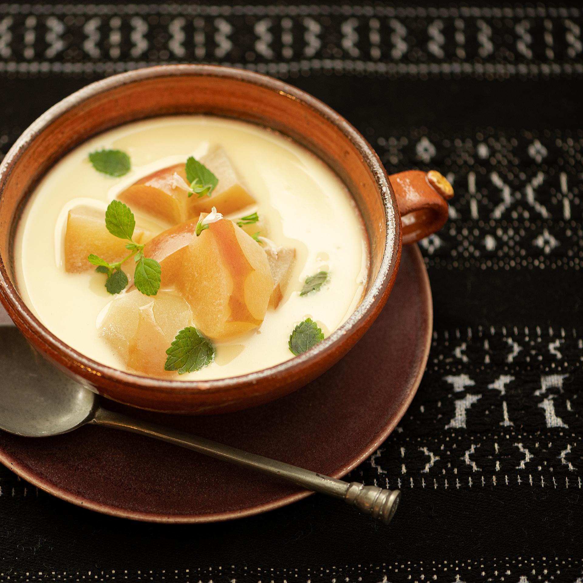 優しい味わいとフルーティな香り。<br />Vol.15 りんごのサワースープ