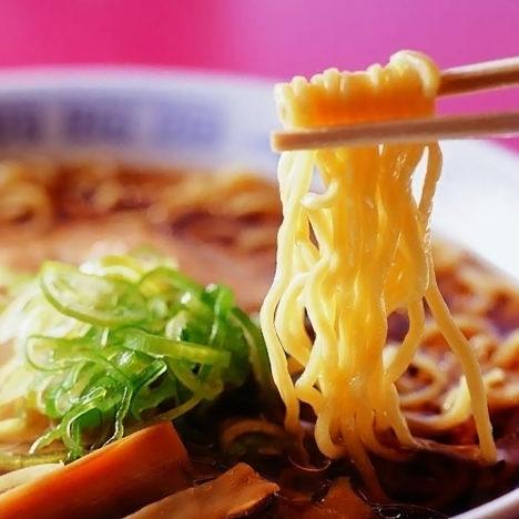 北海道産小麦とラーメンの おいしさを世界へ。