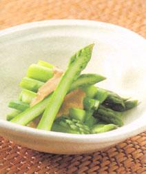 グリーンアスパラガスのきな粉酢