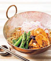 アスパラとタコのビビン麺