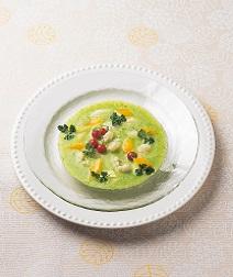 グリーンアスパラのサラダスープ