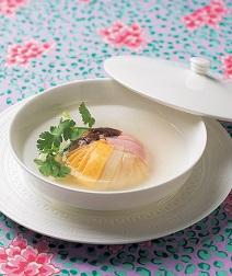 カラフル肉団子の中華スープ