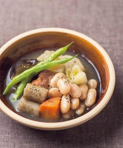 白花豆と根菜の和風ポトフ