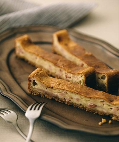 ベーコンとブルーチーズのスティックケーキ