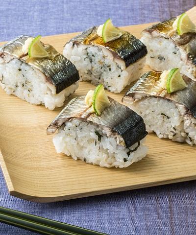焼きさんまの棒寿司